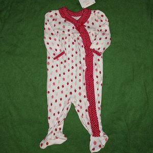 Cute ❤️ Strawberry 🍓 pajamas.